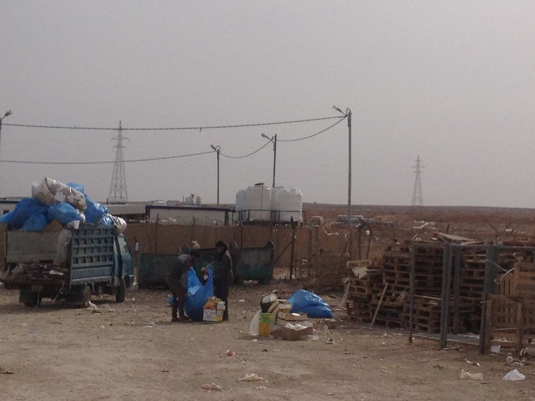 Waste management and recycling in Za'atari camp in Jord[...]